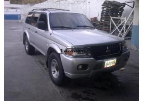 Montero sport año 2002