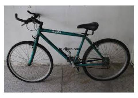 Bicicleta por equipación del real madrid