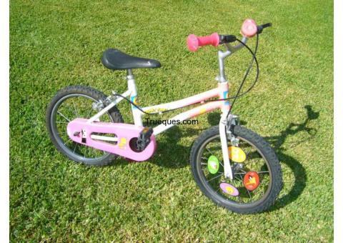 3 bicicletas niños, organo, 2 pupitres. por ¿que me ofreces?